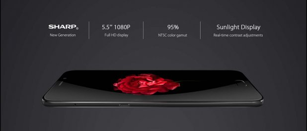 5.5 Inch FULL HD Display