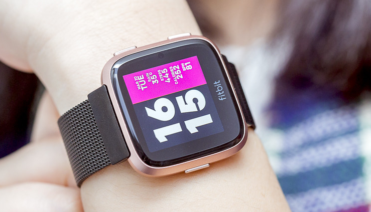 fitbit versa smartwatch for women